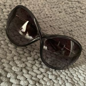 Tom Ford Sun Glasses - GREAT condition